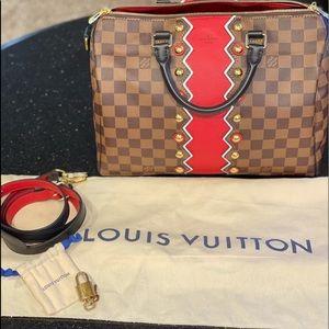Authentic Louis Vuitton Karakoram Bandolier